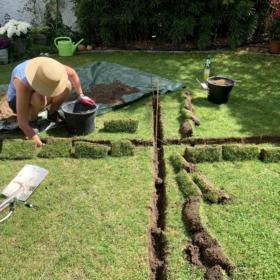 Heute haben wir den Rasen kaputt gemacht
